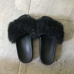 Urban Outfitters black fuzzy slides. Women Size 6